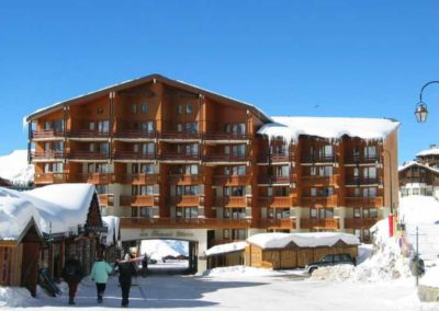 Wintersport-Active Adventure-cheval-blanc-valthorens-winterstarter-openingsweekend-shortski-wintersport-frankrijk